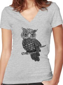 Cute Owl On Tree Women's Fitted V-Neck T-Shirt