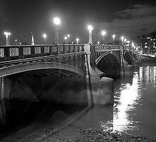 Lambeth Bridge, London by Martin Jones