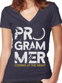 programmer - coding at the night Women's Fitted V-Neck T-Shirt