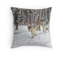 Rendez-vous time Throw Pillow