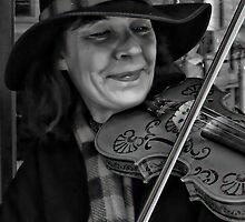 The Fiddler (Entertainer) by vigor