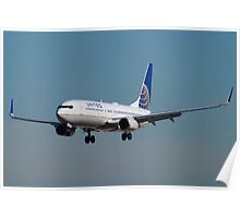 N38257 United Continental Boeing 737-824 Poster