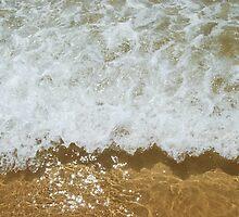 Sparkling ocean by luissantos84
