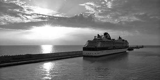 Civitavecchia Harbour - B&W by Tom Gomez