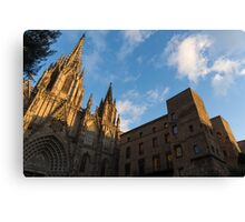 Warm Sun Glow On The Cathedral Of Barcelona Canvas Print