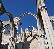 Carmo Church ruins in Lisbon by luissantos84