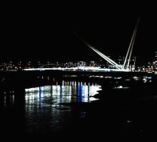 Newport by Night  by mbimages