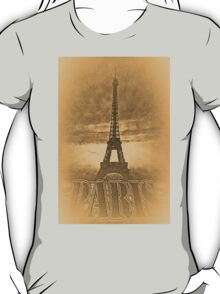 Vintage Eiffel Tower Paris #1 T-shirt T-Shirt