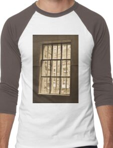 0969 Through the barred window Men's Baseball ¾ T-Shirt