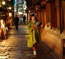 geisha in gion by offpeaktraveler