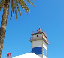 Lighthouse in Cascais by luissantos84