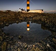 Guiding Light by Derek Smyth