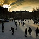 ice-hokey on the canal by cactuspink