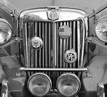 Excalibur  Front Lights B&W by henuly1