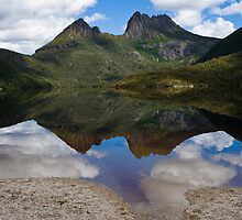 Cradle Mountain in summer by aslanimages