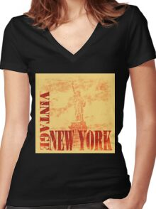 Vintage Statue Of Liberty, New York T-Shirt Women's Fitted V-Neck T-Shirt
