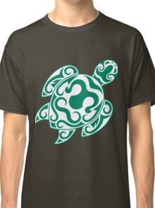 Tribal color turtle Classic T-Shirt