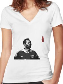 GIGGS the true legend Women's Fitted V-Neck T-Shirt