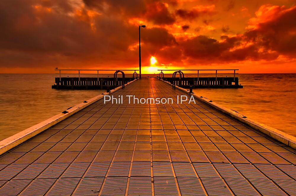 """""""St Leonards Sunrise"""" by Phil Thomson IPA"""