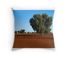 Red plains Throw Pillow