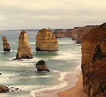 The 12 Apostles by Trudi Skinn
