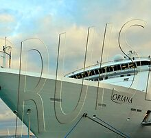 P&O Cruise ship Oriana, Civitavecchia, Italy by buttonpresser