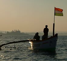 Dolphin Boat with Indian Flag Palolem by SerenaB