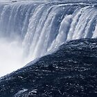 Niagara Falls by Stuart Kirby