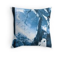 Curvature Throw Pillow