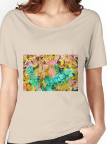 Background of vivid red and green autumn bush leaves Women's Relaxed Fit T-Shirt