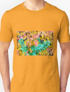 Background of vivid red and green autumn bush leaves T-Shirt