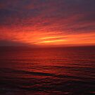 The Sunset is colouring Sky and Ocean - La Puesta del Sol está coloreando Cielo y Mar by PtoVallartaMex
