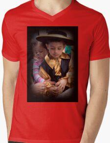 Cuenca Kids 679 Mens V-Neck T-Shirt