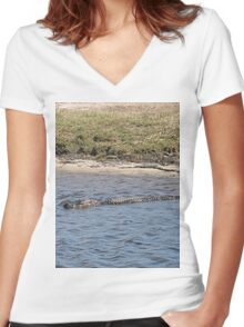 Alligator in the Water Women's Fitted V-Neck T-Shirt