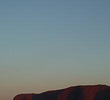 Uluru by Ommik