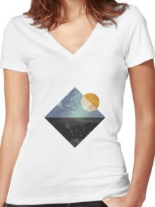 Sea and sun geometric Women's Fitted V-Neck T-Shirt