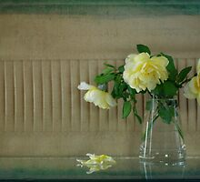 Yellow Roses #2 by Elaine Teague