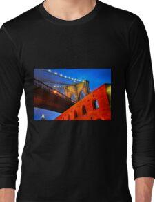 Brooklyn Bridge: NYC Long Sleeve T-Shirt