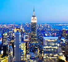 Empire State Building at Night: NYC by brotherbrain