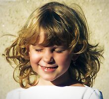 Smiling child by catalinpopro