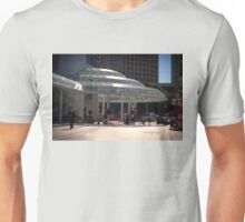 The Pan Pacific Hotel Entrance, Waterfront, Vancouver, B.C. Unisex T-Shirt