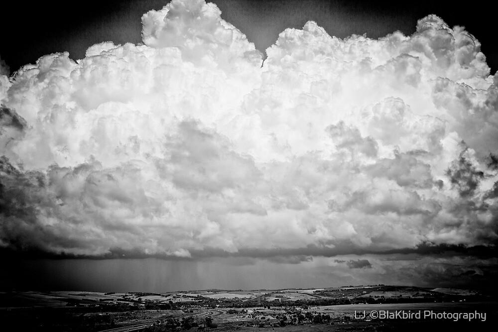 Stroms Edge by LJ_©BlaKbird Photography