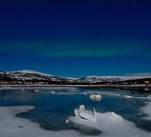 Icy world by Frank Olsen