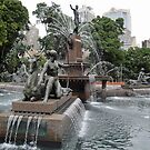 Fountain in Sydney's Hyde Park by STHogan