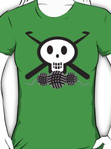Crochet hooks skull and yarn t-shirt T-Shirt