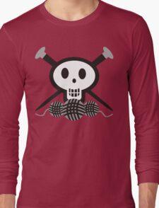 Knitting needles skull and yarn t-shirt Long Sleeve T-Shirt