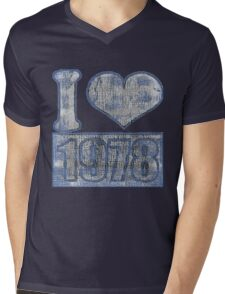 I heart 1978 Vintage Mens V-Neck T-Shirt