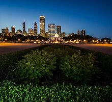 Chicago's Buckingham Fountain with light painting by Sven Brogren