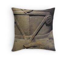 Medallion from a forgotten time Throw Pillow