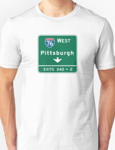 Pittsburgh, PA Road Sign, USA Unisex T-Shirt